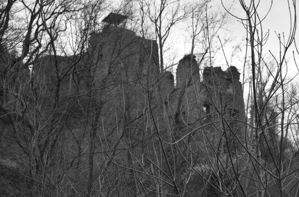 Burg Are - wie aus einer Filmkulisse © entdecker-greise.de