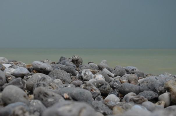 Steinstrand an der Alabasterküste ©entdecker-greise.de