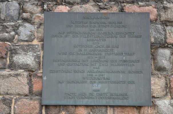 Inschrift an der Nikolaikirche ©entdecker-greise.de