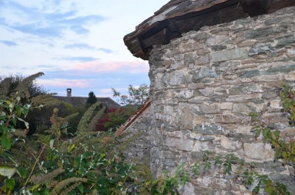 Auch der Burggarten lädt zum verweilen ein - Burg Bernstein ©entdecker-greise.de