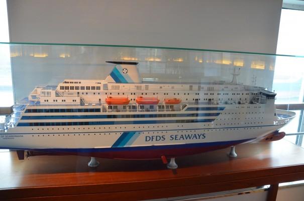 Na wenigstens bekomme ich die DFDS Seawasy hier mal komplett aufs Bild ;-) ©entdecker-greise.de