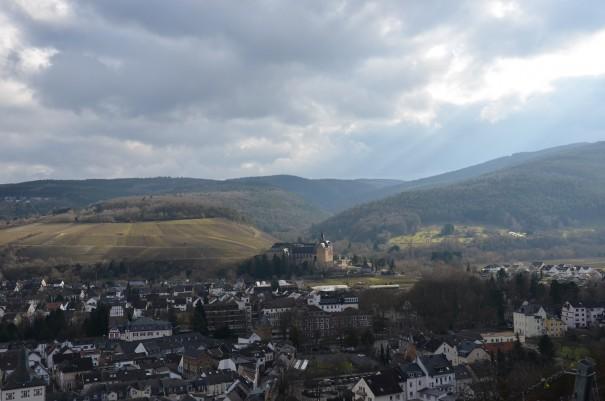 Fernblick auf Kloster Calvarienberg im schönen Ahrtal ©entdecker-greise.de