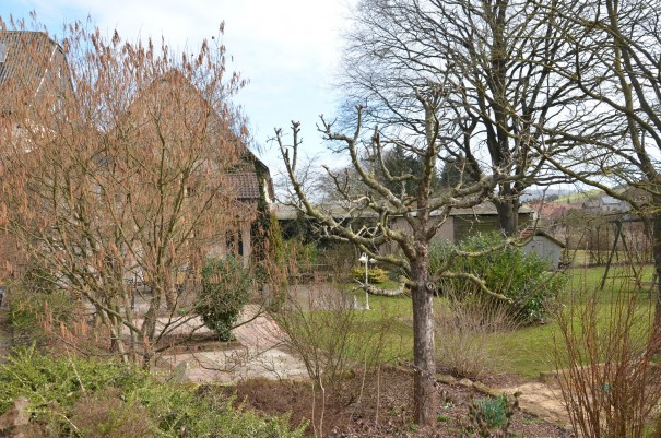 Im wunderschönen Garten des Hauses oder auf dem liebevoll angelegten kleinen hauseigenen Spielplatz kommen auch kleine Gäste auf ihre Kosten. ©entdecker-greise.de