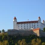 Stolz thront die Burg Bratislava über den Dächern der Stadt. ©entdecker-greise.de