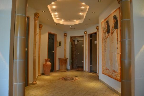 Die Raumgestaltung im Wellnessbereich ... einfach himmlisch ... Wellness und Spa-Resort Hotel FREUND ©entdecker-greise.de