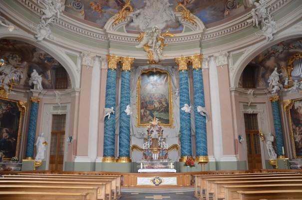 Innenansicht der prunkvollen Clemenskirche ©entdecker-greise.de