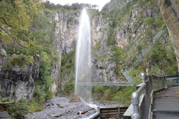 Imposant und beeindruckend, hier am sogenannten Stierhorn die Kraft des Wassers zu sehen ©entdecker-greise.de