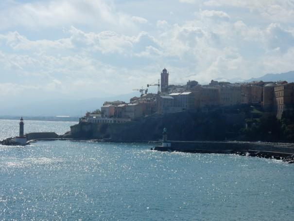 Die Hafeneinfahrt von Bastia. ©entdecker-greise.de