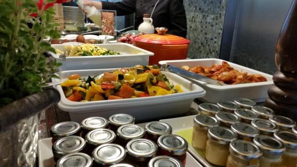 Das beste Frühstück von ganz Berlin gibt es ganz sicher im Lindner Hotel am Ku`Damm ©entdecker-greise.de