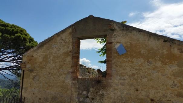 Ich habe es gefunden ... das Fenster zum Glück! #Corfelios ©entdecker-greise.de