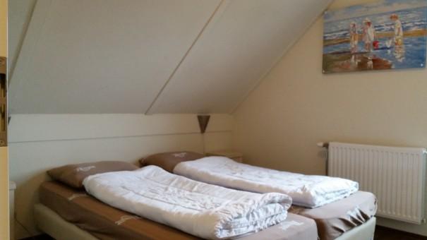 Schlafzimmerbeispiel der Noordzee Residence Cadzand Bad ©www.entdecker-greise.