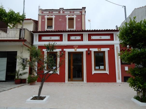 Auch hier wieder eines der neueren Häuser in Nikiti. ©www.entdecker-greise.de #corfelios