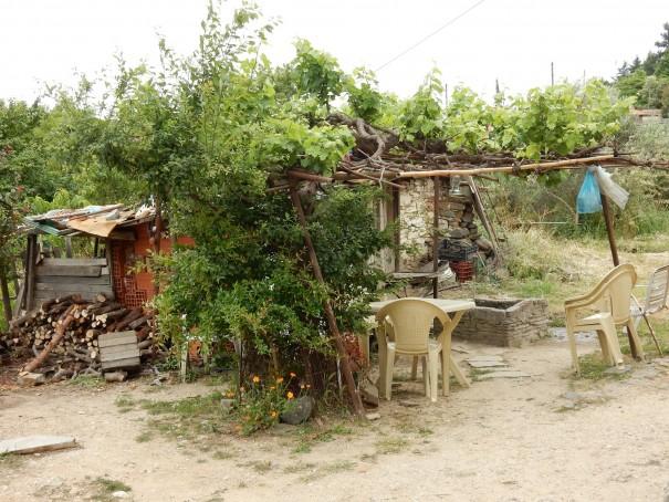 Der Hinterhof eines alten Hauses in Nikiti. ©www.entdecker-greise.de #corfelios