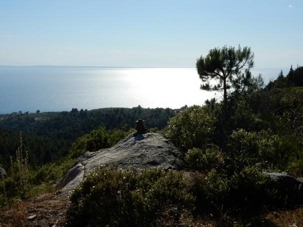 Herrliche Weitsichten belohnen für die Anstrengungen auf dem Poseidon Pfad ©www.entdecker-greise.de #corfelios